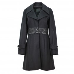 Abrigo paño lana cinturilla pedreria negra JOHN RICHMOND