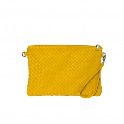 Bolso clutch trenzado amarillo