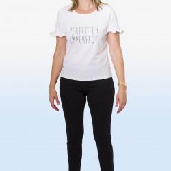 "Camiseta texto ""Perfectly"""