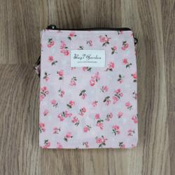 Bolso bandolera estampado flores rosa claro