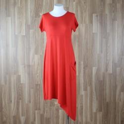 Vestido manga corta con bajo asimétrico rojo