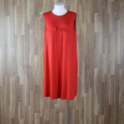 Vestido sin mangas bolsillos pecho rojo