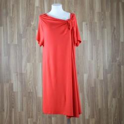 Vestido manga corta con bajo rodilla y lazada cuello rojo