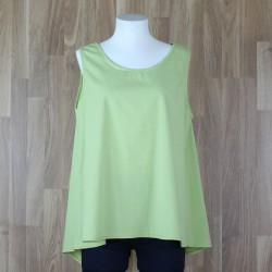 Blusa sin mangas botones en trasera verde pistacho